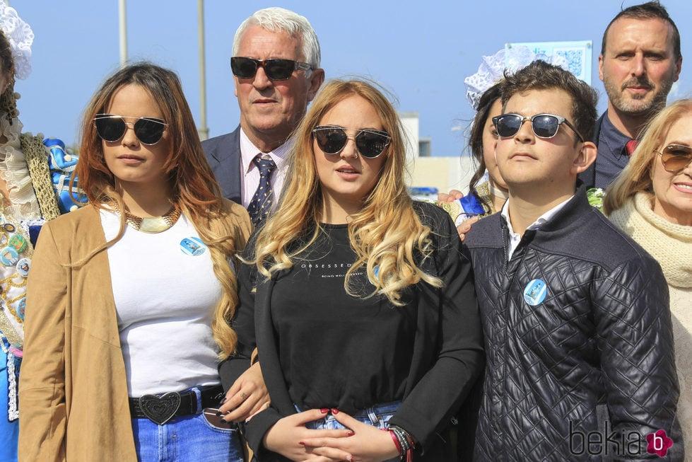 Gloria Camila, Rocío y David Flores en un homenaje a Rocío Jurado