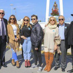Gloria Camila, Rocío y David Flores, Gloria y Amador Mohedano en un homenaje a Rocío Jurado