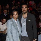 Michelle Calvó y su novio en el desfile de la firma The 2nd Skin en la Madrid Fashion Week 2017/2018