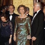 La Reina Sofía en la entrega de la Medalla de Oro del Círculo del Liceo en Barcelona