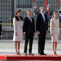 Los Reyes Felipe y Letizia con el presidente de Argentina Mauricio Macri y su mujer Juliana Awada