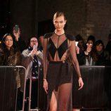 Karlie Kloss en la fiesta de la fundación Naked Heart Foundation en Londres