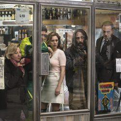 Carmen Machi y Blanca Suárez rodando la película 'El Bar'