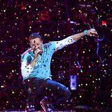 Colplay actuando en los Brit Awards 2017