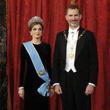Los Reyes Felipe y Letizia en la cena de gala en honor al presidente de Argentina Mauricio Macri en el Palacio Real