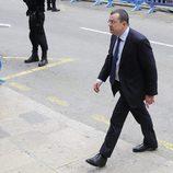 Manuel González Peeters a su llegada a la vistilla para tomar medidas cautelares contra Iñaki Urdangarín y Diego Torres