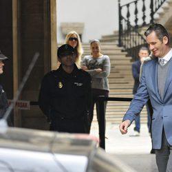 Iñaki Urdangarín, muy feliz tras conocer las medidas cautelares contra él
