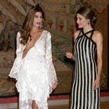Juliana Awada y la Reina Letizia en la cena de despedida al Presidente de Argentina Mauricio Macri
