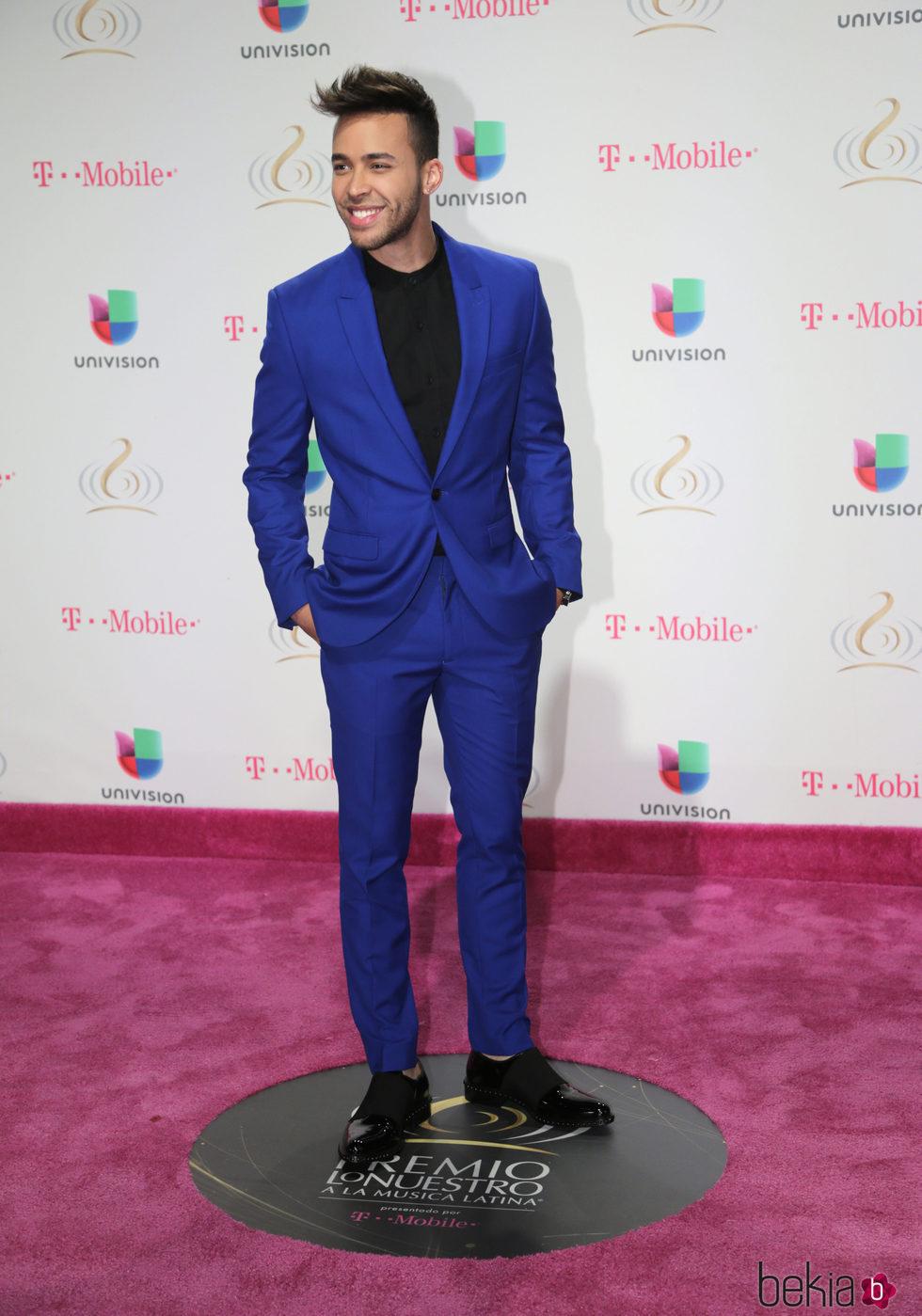 Prince Royce en los Premios Lo Nuestro 2017 - Alfombra ...