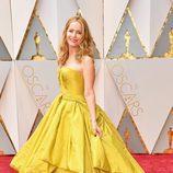 Leslie Mann en la alfombra roja de los Premios Oscar 2017