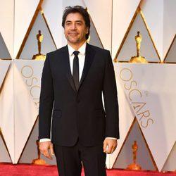 Javier Bardem en la alfombra roja de los Premios Oscar 2017