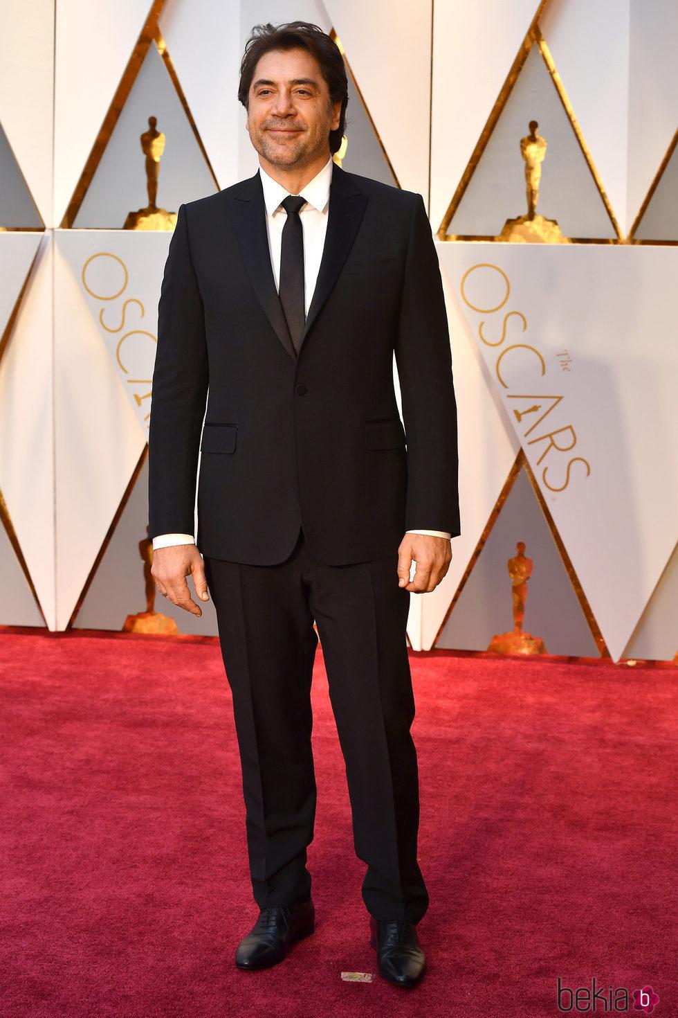 Javier Bardem en la alfombra roja de los Premios Oscar ... Javier Bardem 2017
