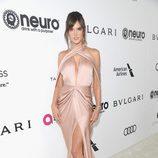 Alessandra Ambrosio en la fiesta de la Fundación Elton John por los Premios Oscar 2017