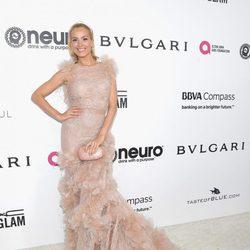 Petra Nemcova en la fiesta de la Fundación Elton John por los Premios Oscar 2017