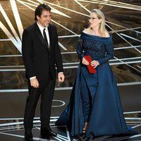 Javier Bardem y Meryl Streep en la gala de los Oscar 2017