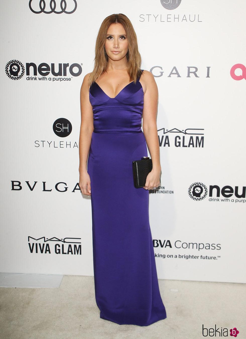 Ashley Tisdale en la fiesta de la Fundación Elton John por los ...