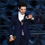 Damien Chazelle agradeciendo su Oscar 2017 a Mejor director por 'La La Land'