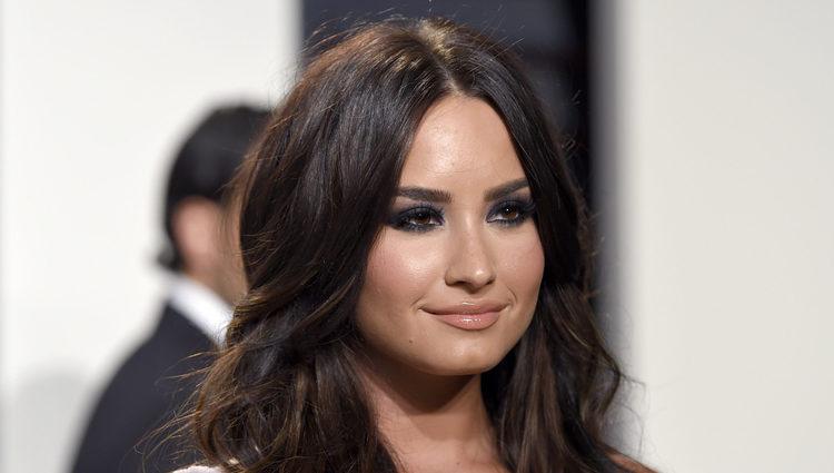 Demi Lovato en la fiesta de Vanity Fair de los Premios Oscar 2017