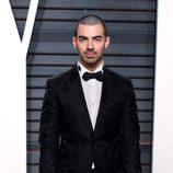 Joe Jonas en la fiesta de Vanity Fair de los Premios Oscar 2017