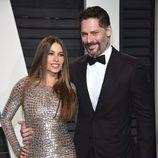 Sofia Vergara y Joe Manganiello en la fiesta de Vanity Fair de los Premios Oscar 2017
