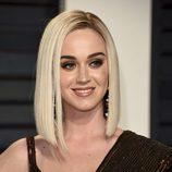 Katy Perry de cerca en la fiesta de Vanity Fair de los Premios Oscar 2017