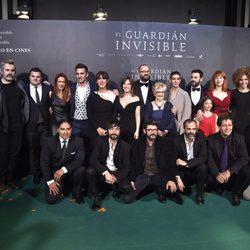 El reparto de 'El guardian invisible'