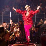 Katy Perry actuando en los iHeartRadio Music Awards 2017