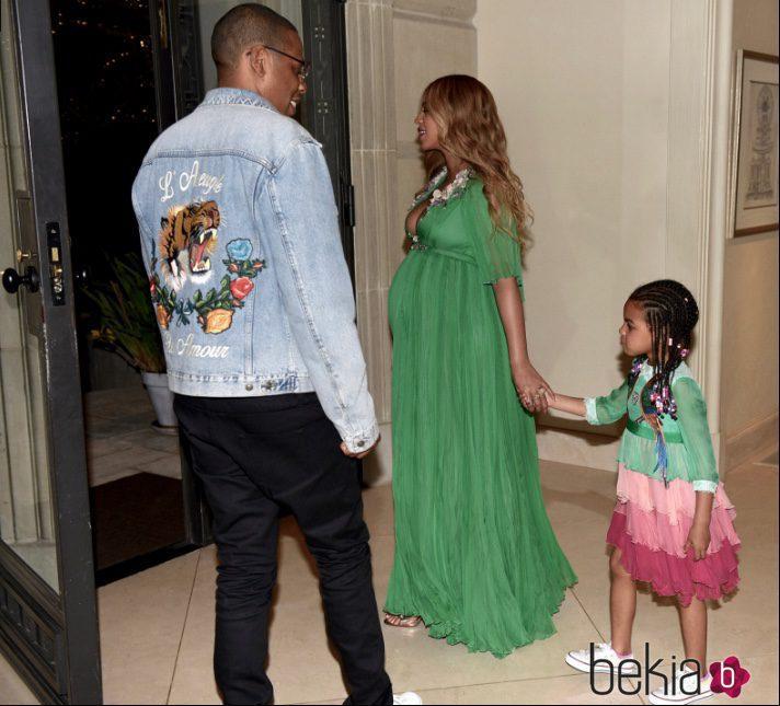 Beyoncé junto a Jay Z y Blue Ivy