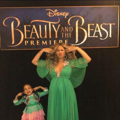 Beyoncé posa divertida junto a su hija