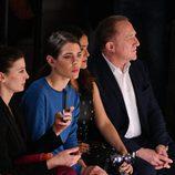 Carlota Casiraghi en el front row del desfile de Stella McCartney en la Paris Fashion Week
