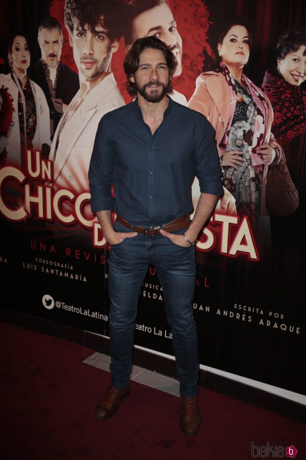Félix Gómez en el estreno de 'Un chico de revista'
