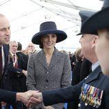 Los Duques de Cambridge en la inauguración de un Memorial en recuerdo a los caídos en las guerras de Irak y Afganistán
