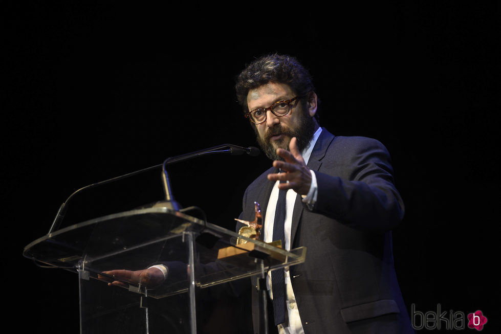 Manolo Solo con su premio de la Unión de Actores 2017
