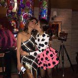 Hiba Abouk muy cariñosa en el cumpleaños de Mónica Cruz