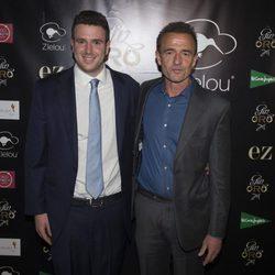 Álex Lequio en la presentación de su ginebra con su padre Alessandro Lequio
