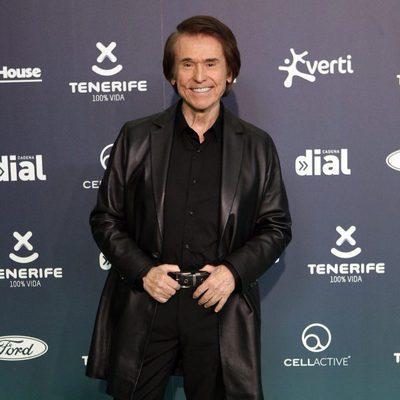 Raphael en la alfombra roja de los Premios Cadena Dial 2017