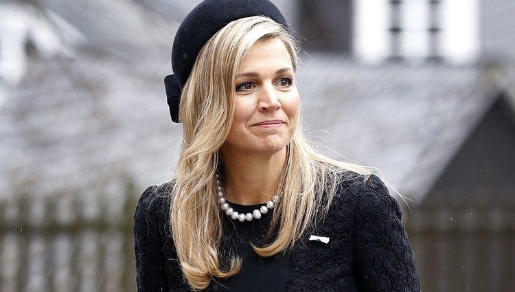 La Reina Máxima de Holanda en el funeral del Príncipe alemán Richard zu Sayn-Wittgenstein Berleburg