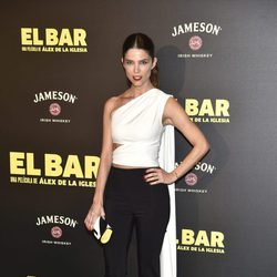 Juana Acosta en la presentación de la película 'El Bar' en los cines Callao de Madrid