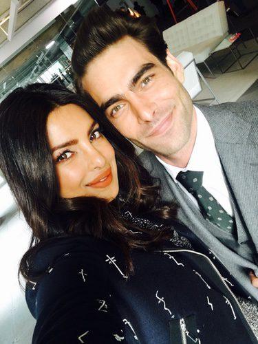 Priyanka Chopra y Jon Kortajarena rodando la segunda temporada de 'Quantico'