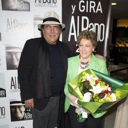 Paloma Gómez Borrero con Al Bano