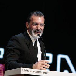 Antonio Banderas da un emotivo discurso tras recibir la Biznaga de Oro de Honor en Málaga