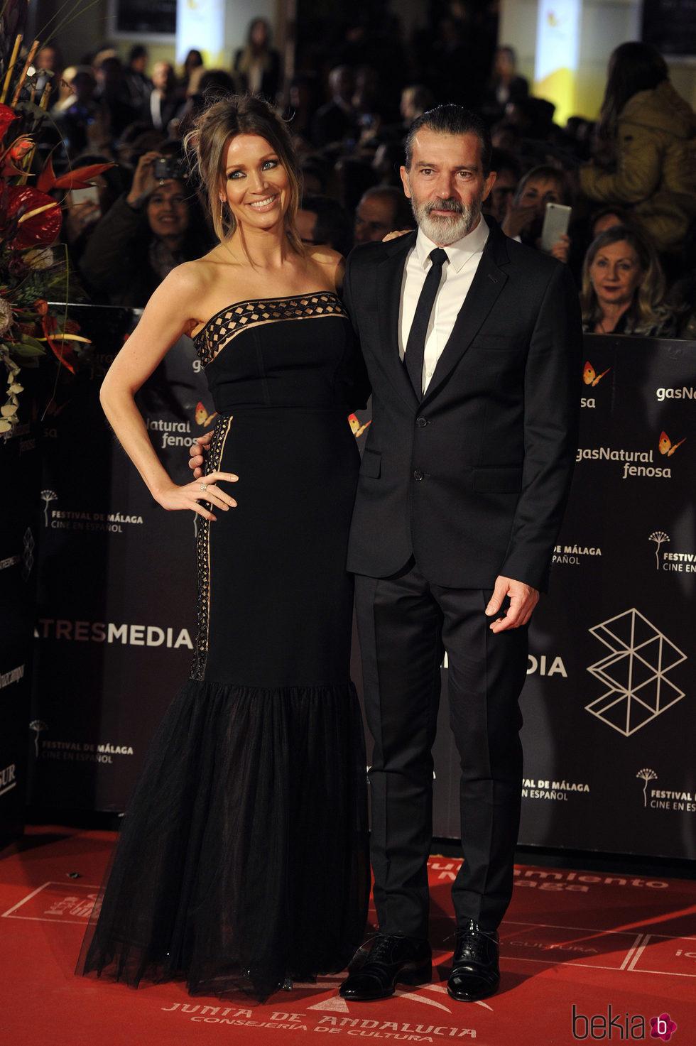 Antonio Banderas y Nicole Kimpel en la gala de clausura del Festival de Cine de Málaga