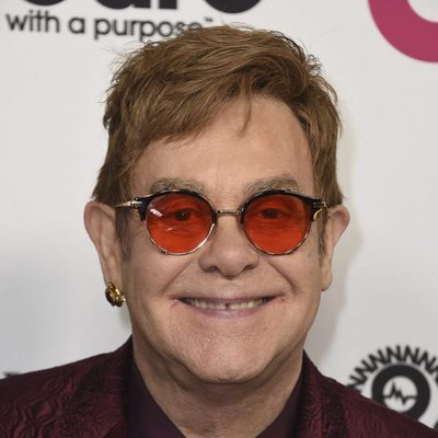 Elton John en su fiesta por su 70 cumpleaños