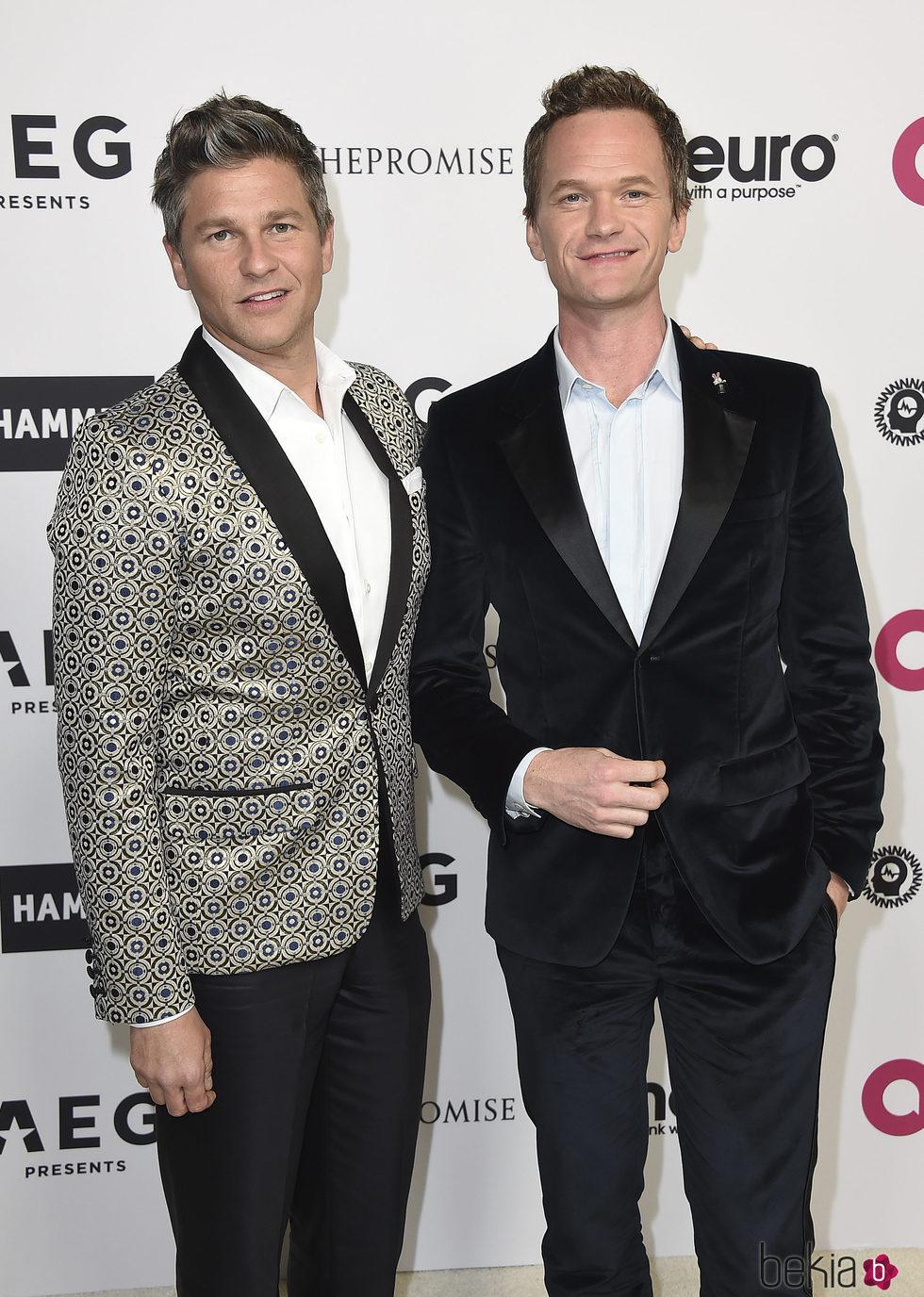 David Burtka y Neil Patrick Harris en la fiesta del 70 cumpleaños de Elton John