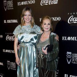Marta Larralde en la alfombra roja de los Premios Valle Inclán de Teatro