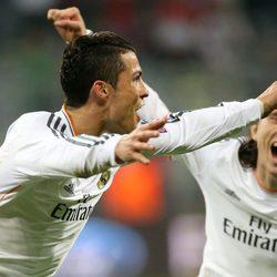 Cristiano Ronaldo y Luka Modric celebrando un gol