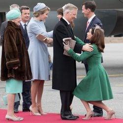 La Familia Real Danesa recibe a los Reyes de Bélgica al inicio de su Visita de Estado