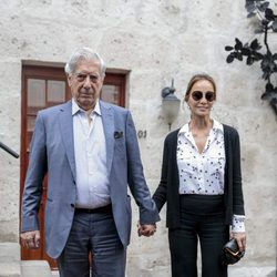 Mario Vargas Llosa e Isabel Preysler en Arequipa
