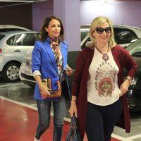 Paula Echevarría de compras con su madre tras confirmarse su separación