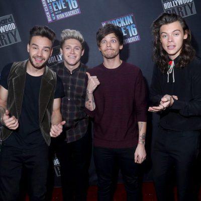 El grupo One Direction en el evento Dick Clark's New Year's